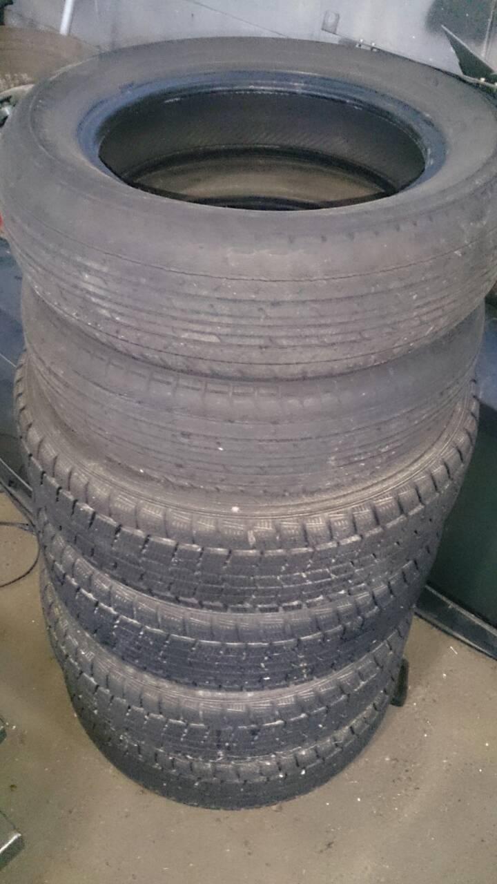 福山市緑町付近で回収させて頂いた廃タイヤ