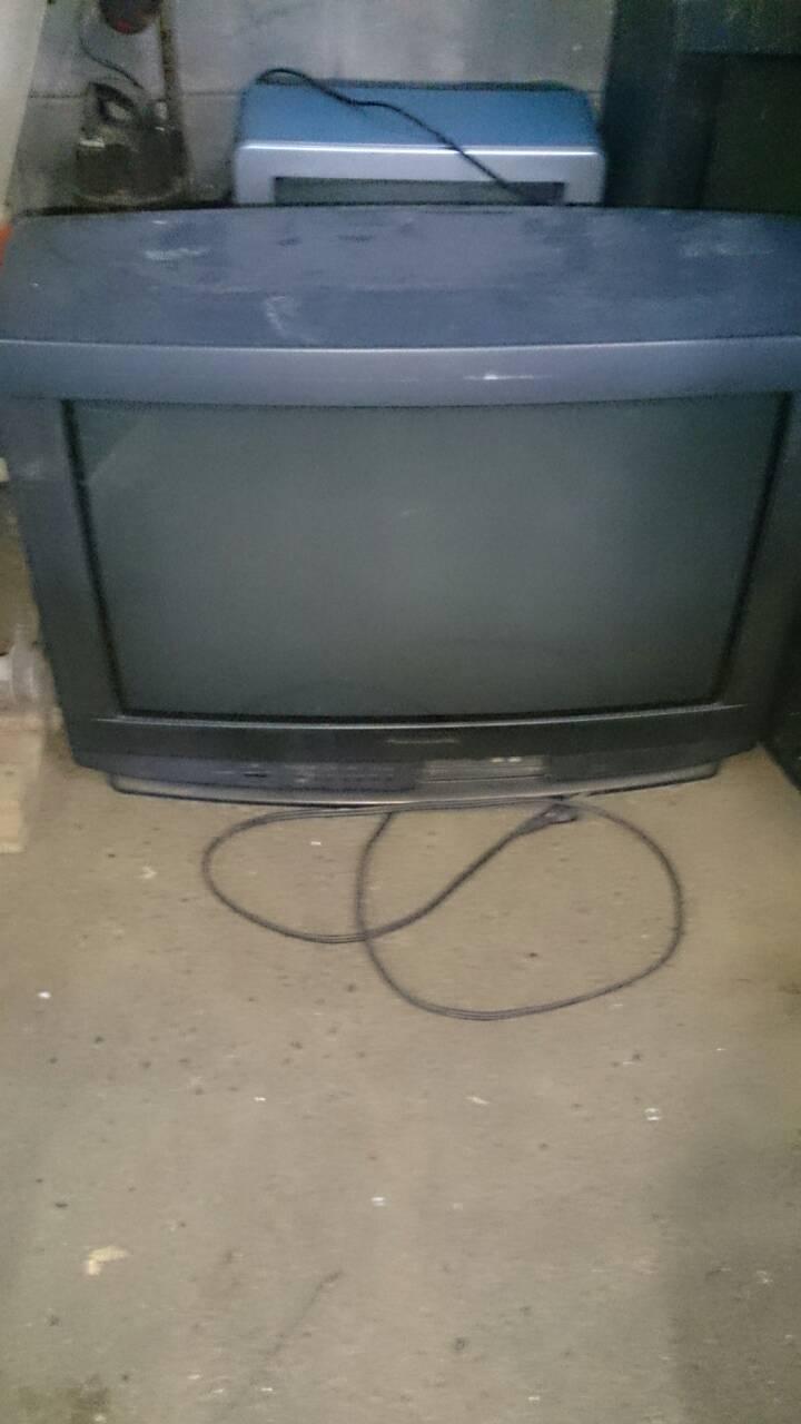 福山市山手町付近で回収させて頂いたブラウン管テレビ