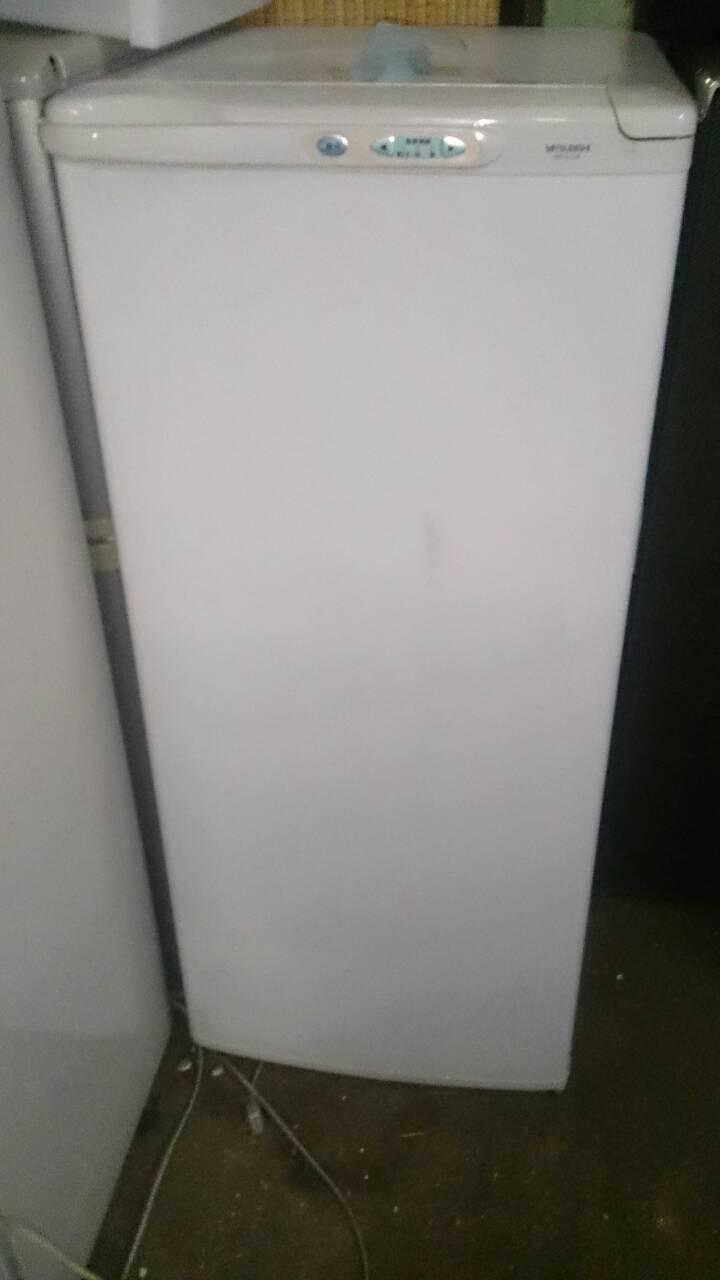 福山市水呑町付近で回収させて頂いた冷凍庫