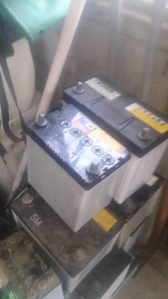 福山市北本庄で回収したバッテリー