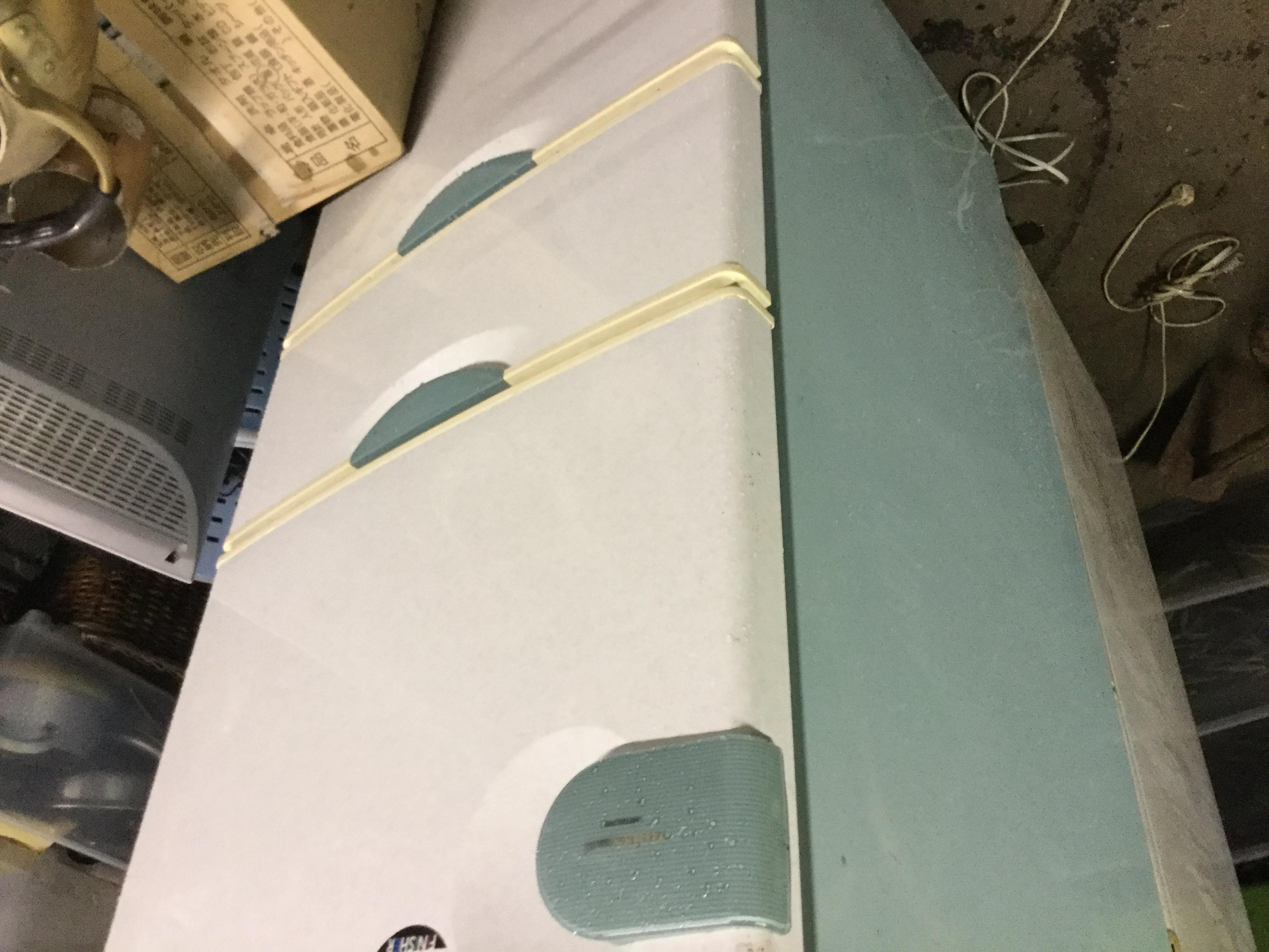 福山市東深津町付近で回収した冷蔵庫