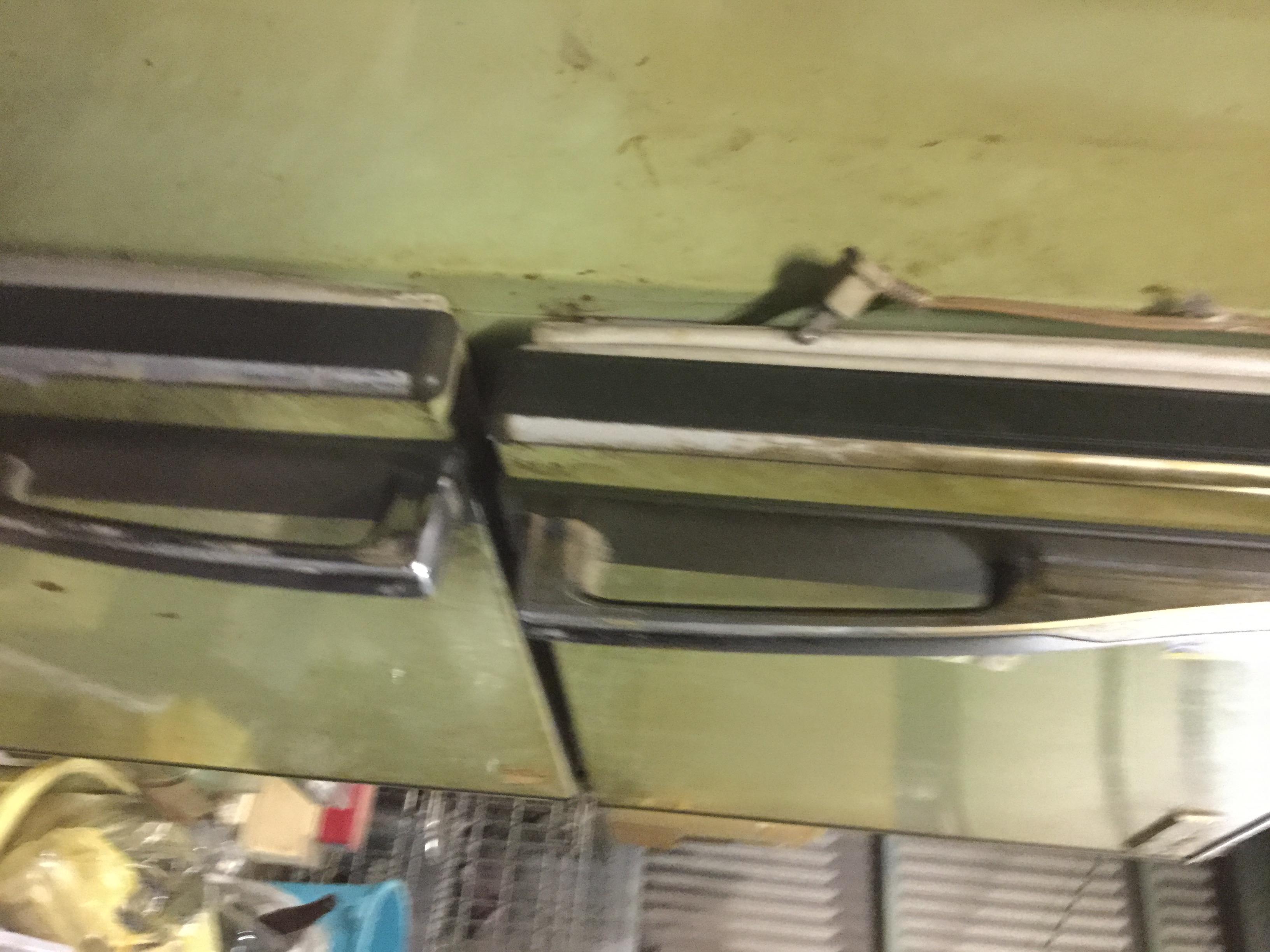 福山市幕山台付近で回収した冷蔵庫