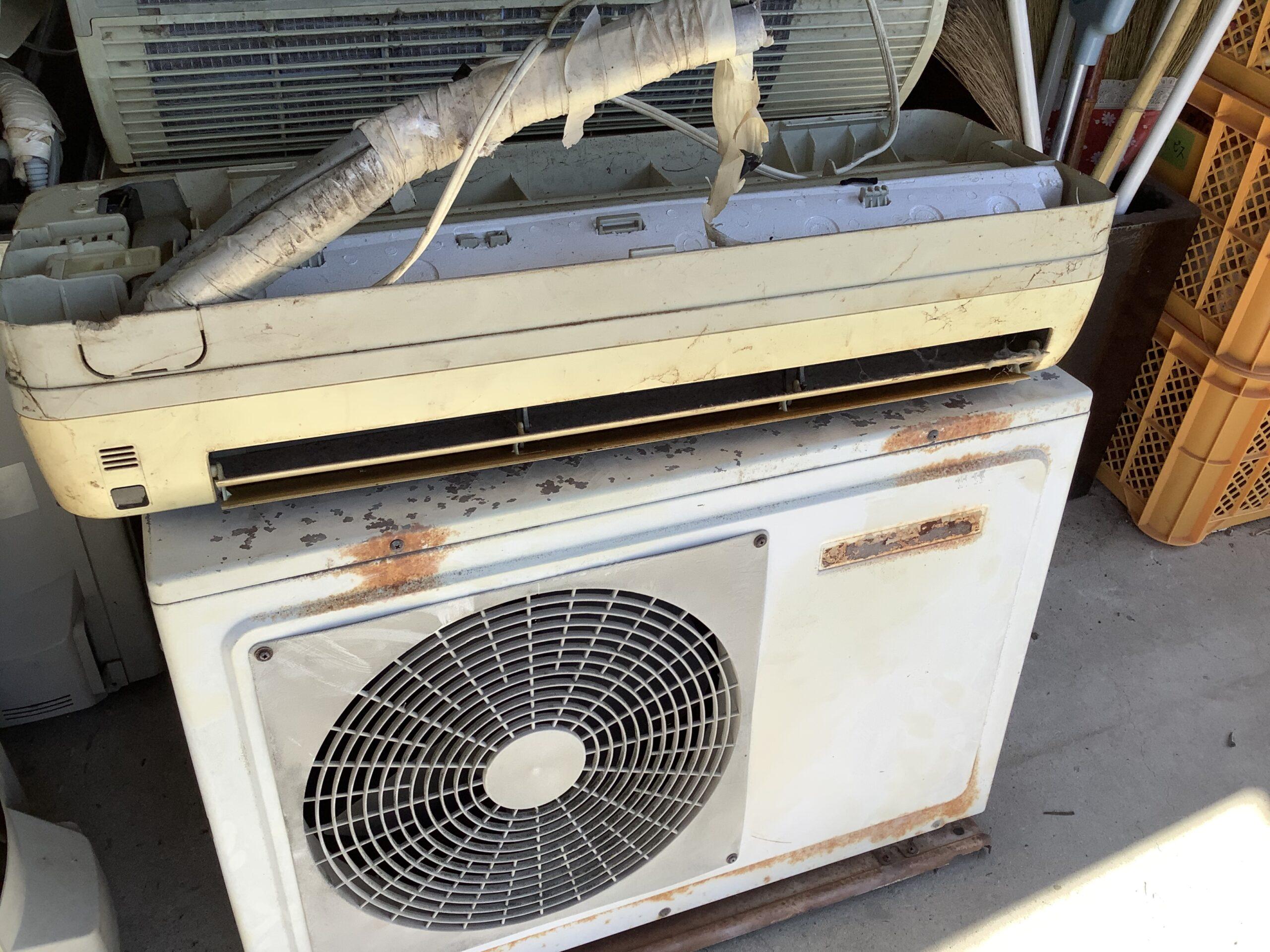 福山市今津町で回収したエアコン