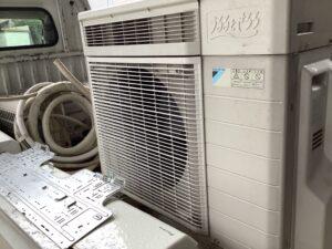 福山市引野町で回収したエアコン