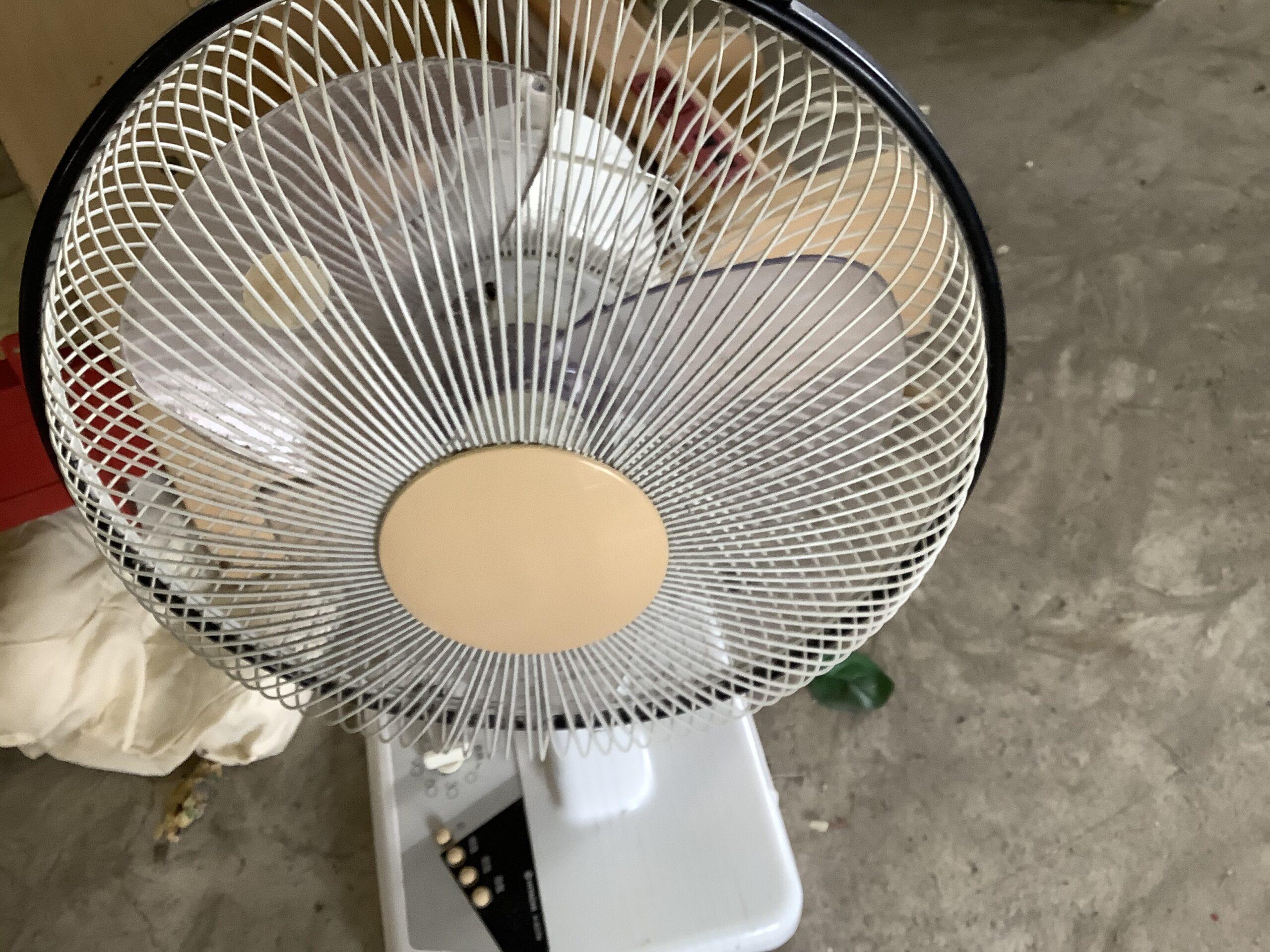 福山市延広町で回収した扇風機